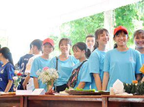 Hội chợ ẩm thực 2_THPT Lý Tự Trọng